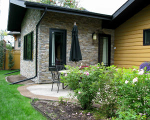 exterior-backyard-walls-patio-hallman
